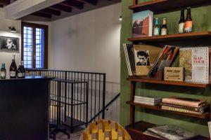 Quella piccola libreria di Lodi che è come una stanza di casa, ma fuori casa